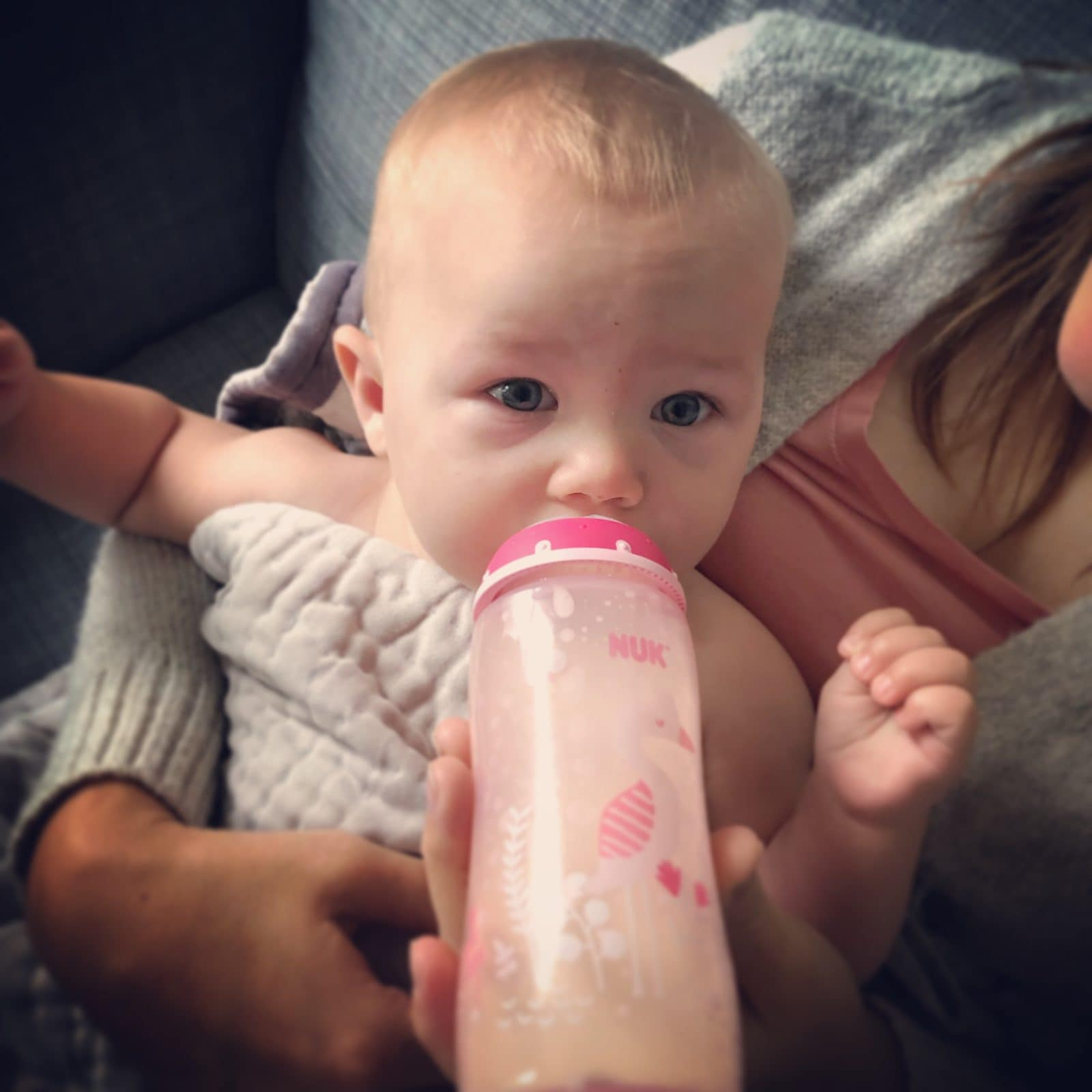 Transitioning baby from breast to formula